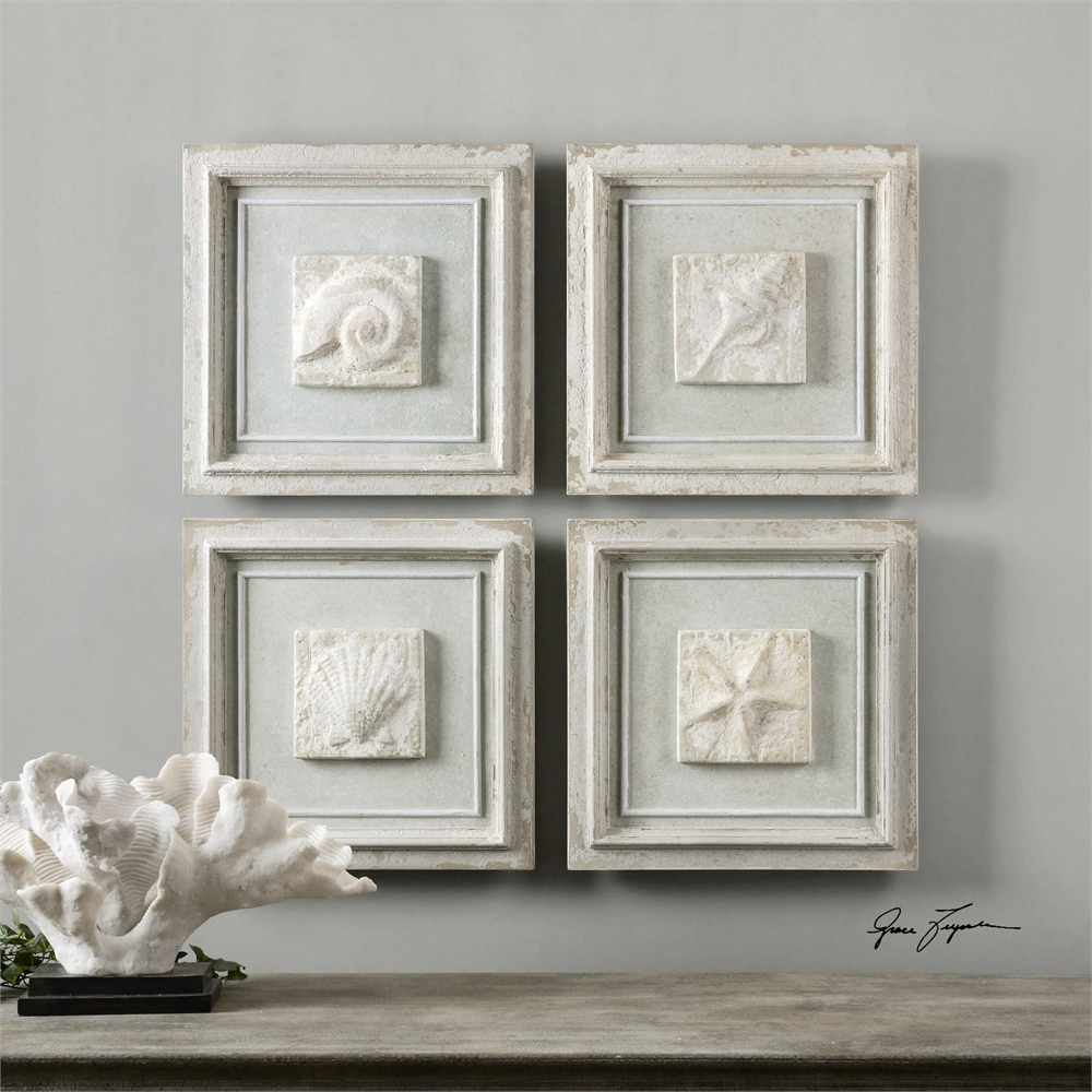 Wall decor ideas done right from Jennifer Decorates.com