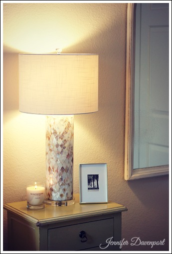 Apartment decorating ideas on a budget. from Jenniferdecorates.com