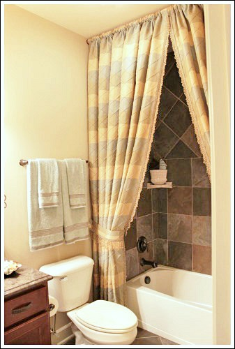 Bathroom decorating ideas to help you create your own for Extra bathroom ideas