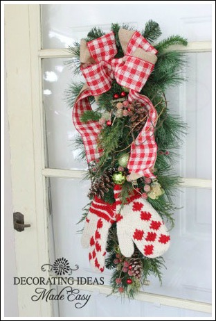 christmas door decorating ideas that you can make in an hour