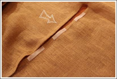 Burlap tree skirt pattern from JenniferDecorates.com