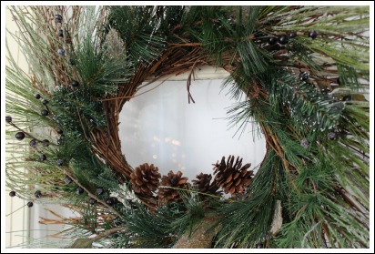 Christmas wreath decorating ideas from Jennifer Decorates.com