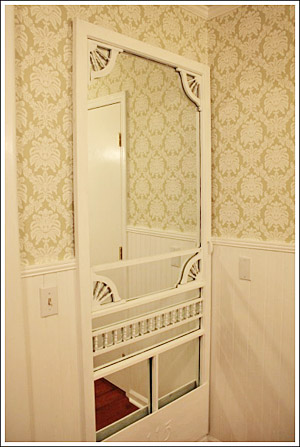 Cottage style decorating ideas - Old door decorating ideas ...