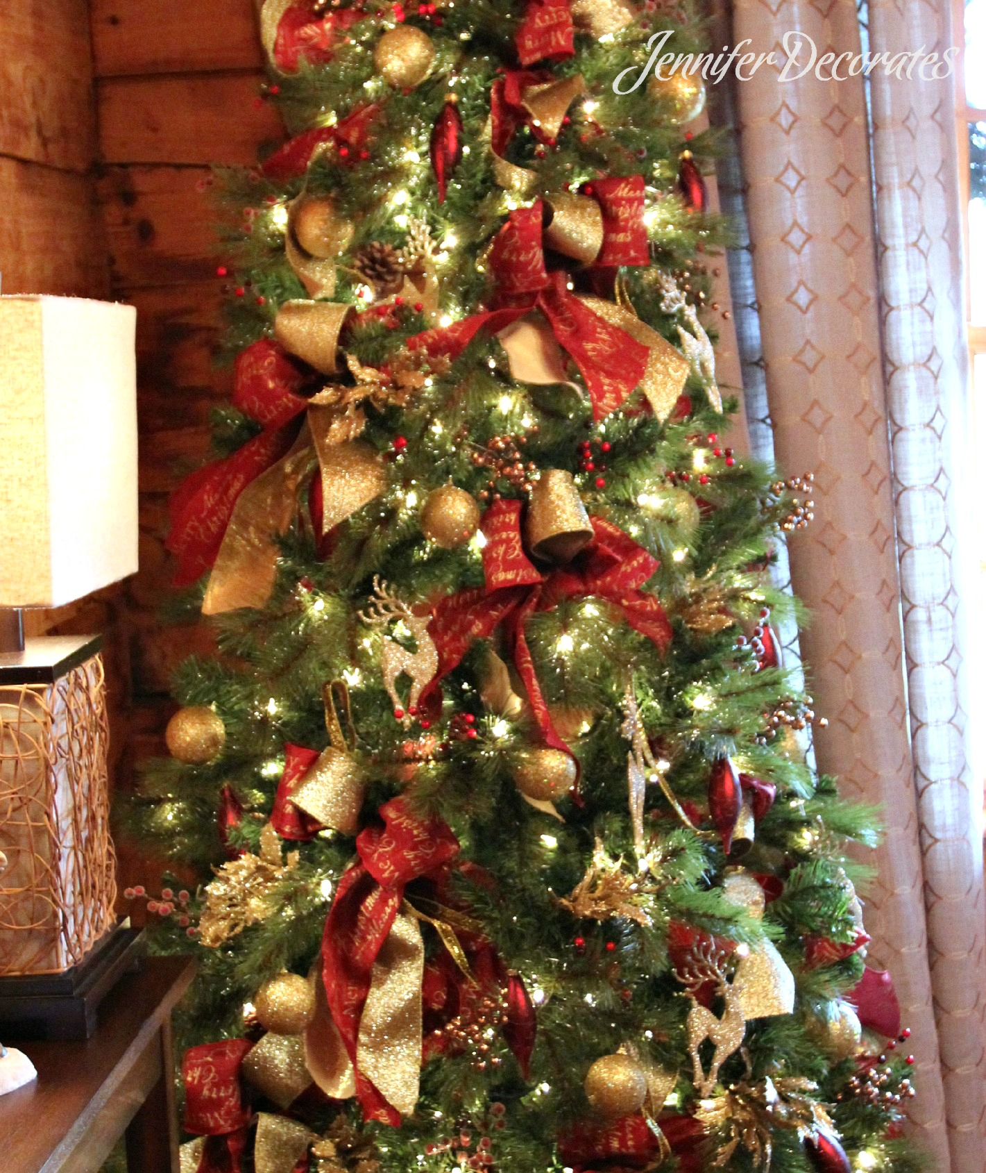 Red and gold christmas tree decorating ideas - Country Christmas Decorating Ideas From Jennifer Decorates Com