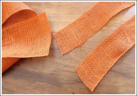 DIY EASTER WREATH from Jenniferdecorates.com