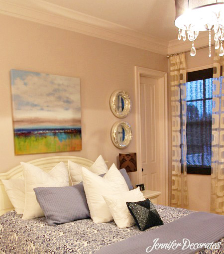 Guest Bedroom Ideas from Jenniferdecorates.com