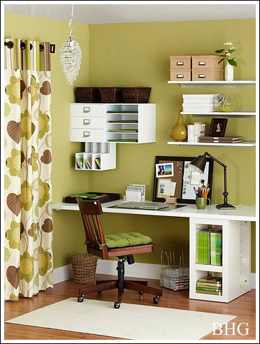Home office decorating ideas create a comfortable working for Home office makeover ideas