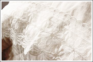 Not Only Is Lace Romantic It Adds Another Layer Of Detail To Your Bedding