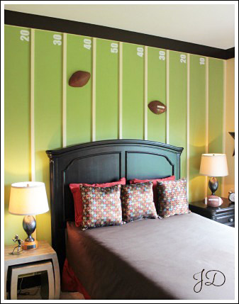 okay this is such an awesome idea a football field with goal lines made from 1x2 boards and yard lines marked by stenciled numbers - Boys Bedroom Decorating Ideas Sports