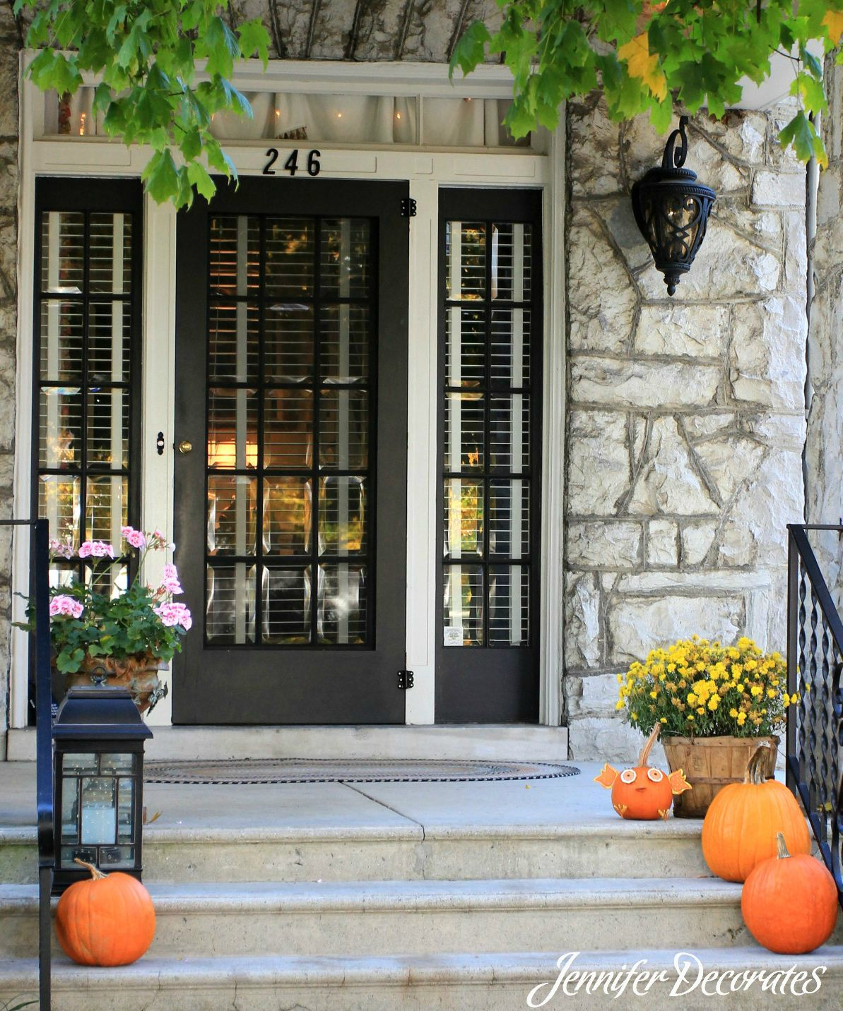 Outdoor Fall Decorating Ideas - Jennifer Decorates on Fall Backyard Decorating Ideas id=62023